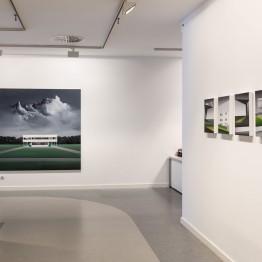 """Vista de sala de """"Paseo hasta la linde"""" en la Galería A del Arte"""