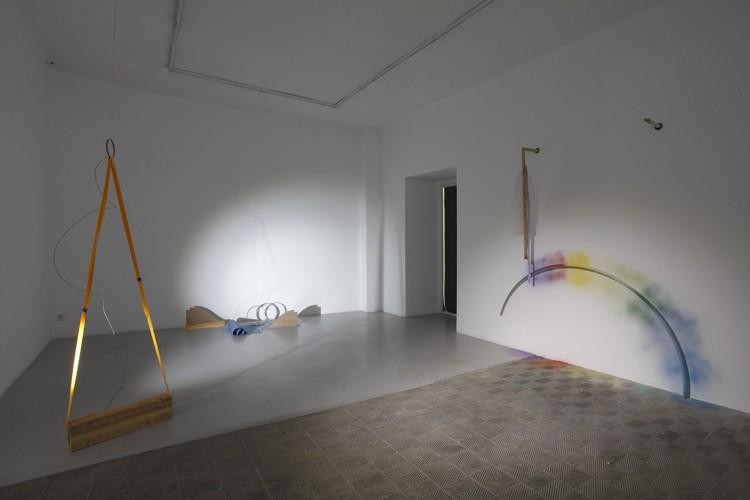 Leonor Serrano Rivas. Limbs describe curves, 2015