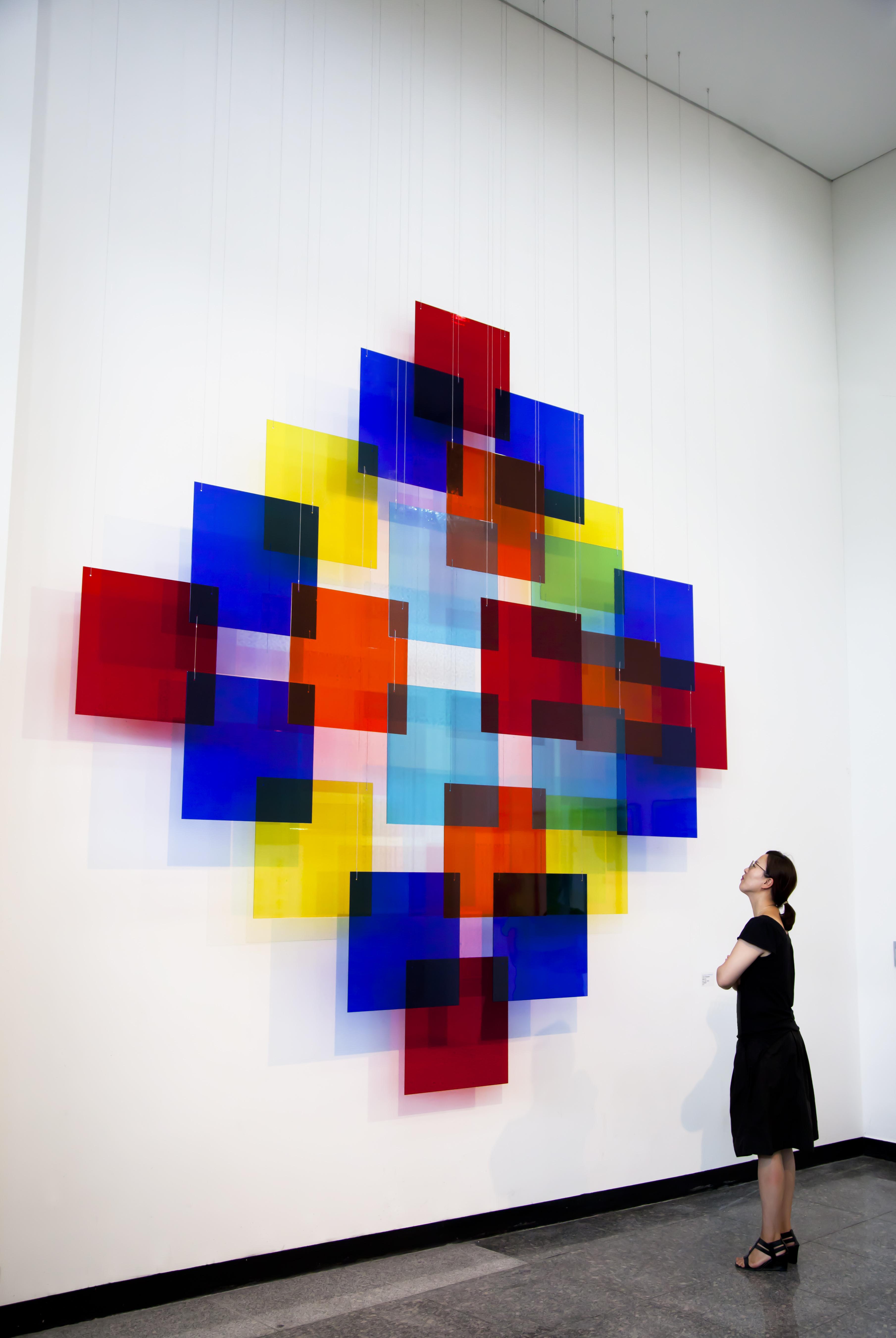 David Magán. Composición Cúbica en la exposición Hola! Spain en el Seongnam Arts Center (Corea del Sur), en 2013