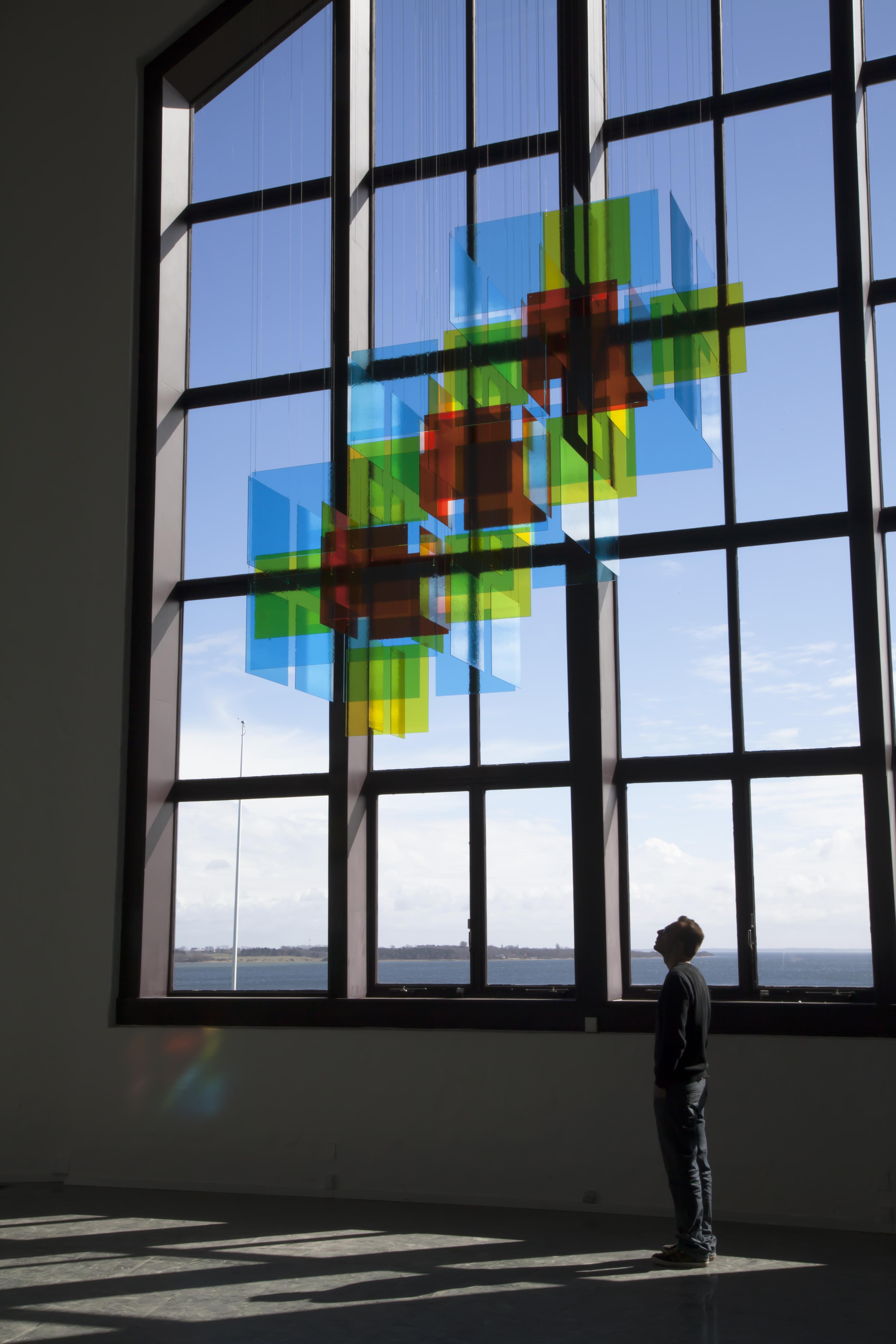 David Magán. Progresión Cúbica II en la exposición Colours en el Hempel Glasmuseum de Dinamarca, en 2015