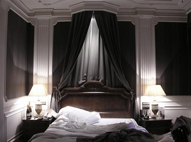 Paula Anta. Fénix, serie Journal de Hotel, 2005