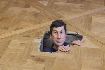 Maurizio Cattelan en la Monnaie de París
