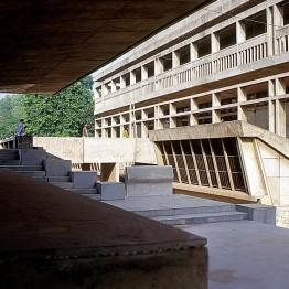 Pritzker para Doshi y la recuperación sostenible de la arquitectura tradicional