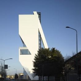 La Fondazione Prada abre su Torre en Milán