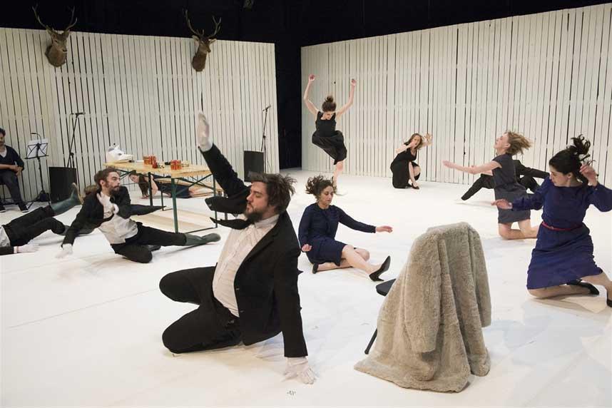DÈVORATION (con amor o con odio, pero siempre con violencia). Le Théâtre du Balèti