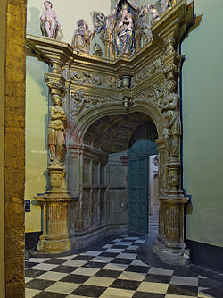 Puerta de acceso a la sacristía de la Capilla del Salvador, Úbeda