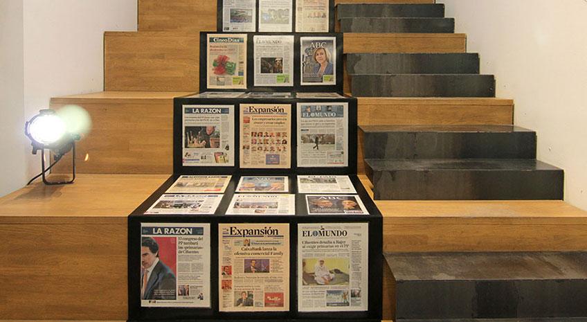 Exposición Palabras, palabras… de Muntadas, en la galería Moisés Pérez de Albéniz, hasta el 18 de marzo. The Press Conference Room, 1991-2017. Medidas variables, Instalación