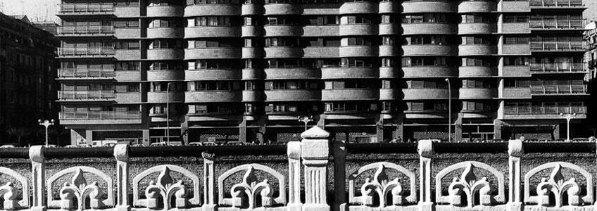 Rafael Moneo. Edificio de viviendas Urumea