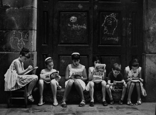 ©Eugeni Forcano. Pasión por la lectura, 1962
