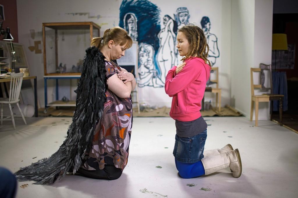 Eija-Liisa Ahtila. La Anunciación (The Annunciation - Marian Ilmestys), 2010
