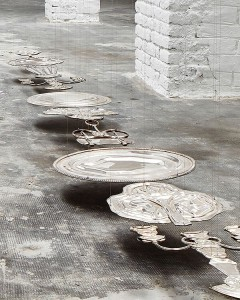 Cornelia Parker. Endless Column IV. Galería Carles Taché