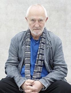 Peter Zumthor. Martin Mischkulnig. Cortesía de Atelier Peter Zumthor & Partner