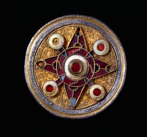 Broche de Wingham, 575-625. © The Trustees of The British Museum (2016).