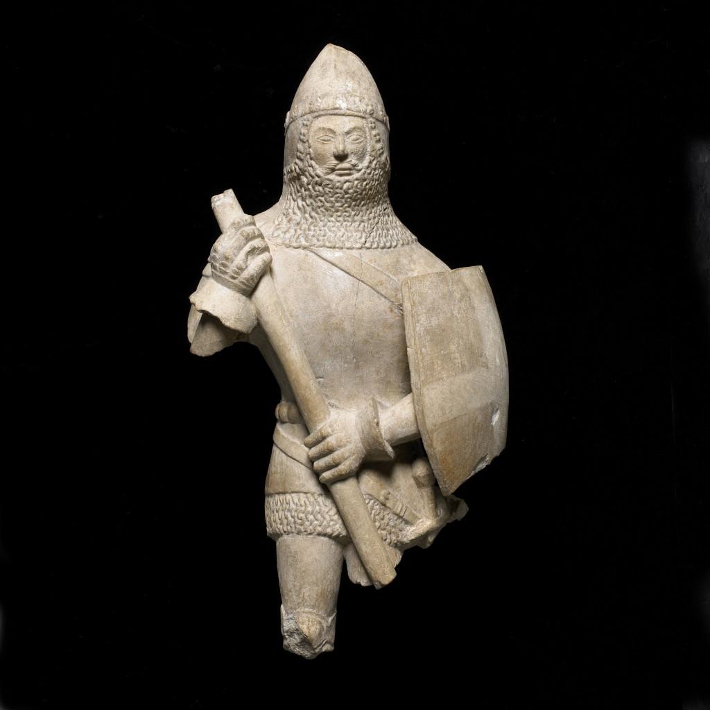 Estatuilla de un caballero, 1375-1425. Inglaterra. Piedra© The Trustees of The British Museum (2016)