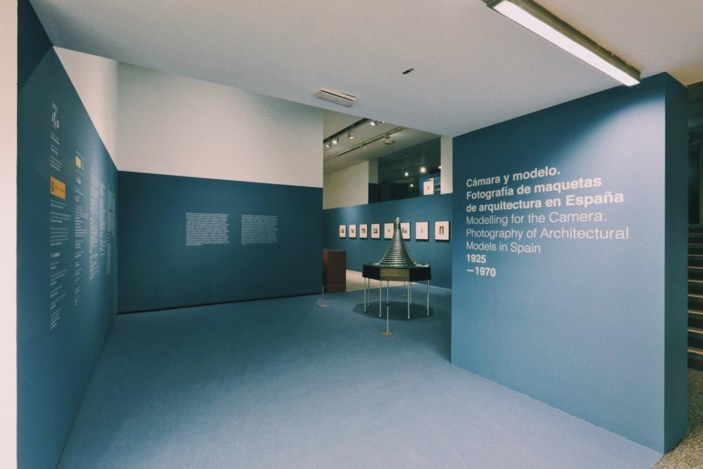 Cámara y modelo. Fotografía de maquetas de arquitectura en España, 1925-1970. Museo ICO