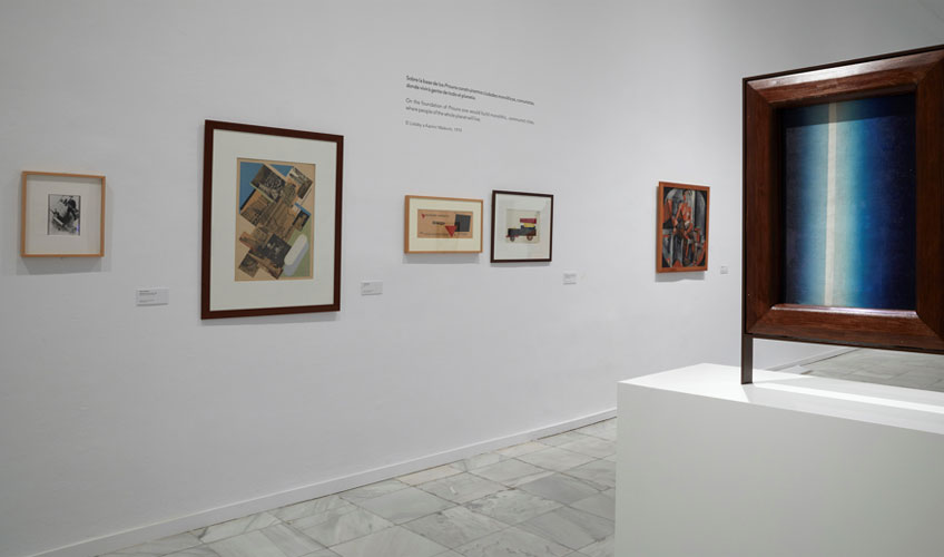 """Vista de la exposición """"Dadá ruso 1014-1924"""" en el Museo Reina Sofía. Fotografía: Joaquín Cortés/Román Lores"""