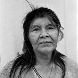 Paz Errázuriz. Yolanda Messier, Punta Arenas, de la serie Los nómadas del mar, 1996. Colección Charles Brooks, Nueva York © Paz Errazuriz