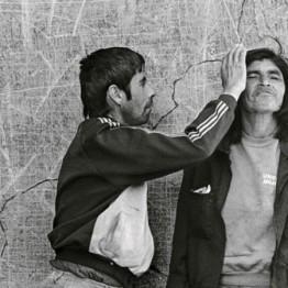 Paz Errázuriz. Infarto 30, Putaendo, de la serie El infarto del alma, 1994. Cortesía de la artista. © Paz Errazuriz