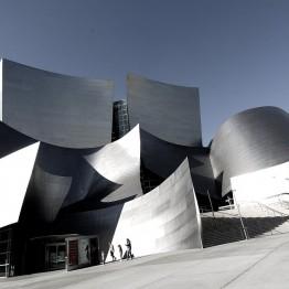 Frank Gehry. Sala de Conciertos Walt Disney, Los Ángeles, EE.UU