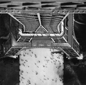 Lucien Hervé. Tour Eiffel, París, France, 1944