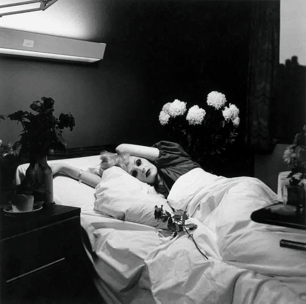 Peter Hujar. Candy Darling on Her Deathbed, 1973. Colección de Richard y Ronay Menschel © The Peter Hujar Archive, LLC. Cortesía Pace/MacGill Gallery, Nueva York, y Fraenkel Gallery, San Francisco.