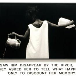Lorna Simpson. Waterbearer, 1986. Cortesía de la artista, Salon 94, New York y Galerie Nathalie Obadia, Paris/Bruxelles. © Lorna Simpson