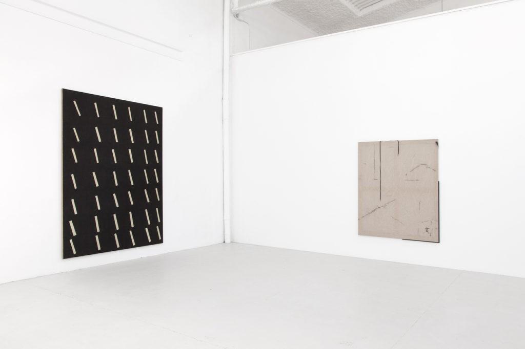 """Antonio Ballester Moreno e Ian Waelder en """"20 cm from the ground"""" en la Galería L21"""