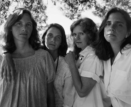 Nicholas Nixon. The Brown sisters, 1985. Avance de las exposiciones en Fundación MAPFRE: Nixon, Zuloaga y Rodin