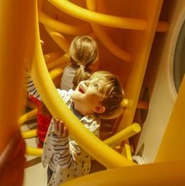 MINISCHIRN: la Schirn Kunsthalle dedica un espacio permanente a los niños