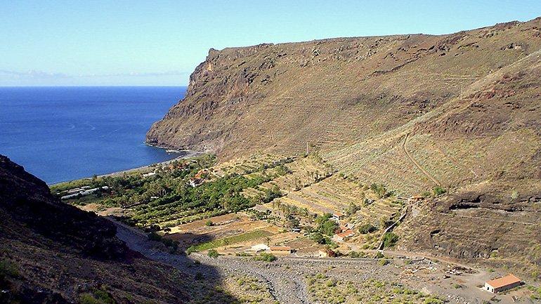 Bajo los adoquines, la playa: La comuna de Otto Muehl en Canarias. Conferencia de José Díaz Cuyás y Ralph Kistler en el Museo Reina Sofía, el 5 de junio de 2018