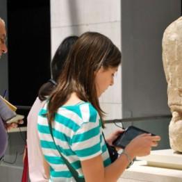 Herramientas digitales para la visita al museo: de las audioguías a las APPS