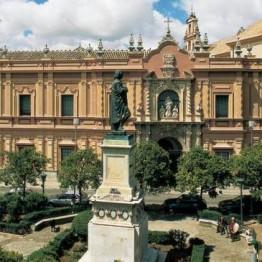 Cinco Facultativos Superiores de Museos. Junta de Andalucía