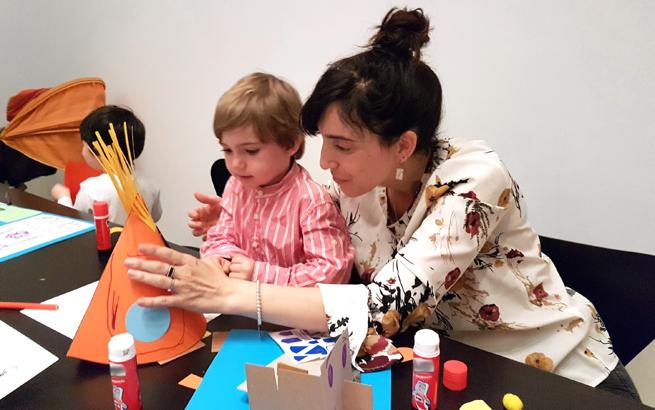 """Un día con Warhol. Actividades para niños y familias en torno a la exposición """"Warhol. El arte mecánico"""" en el Museo Picasso de Málaga, el 2 de junio"""