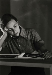 Robert Capa. Kati Horna