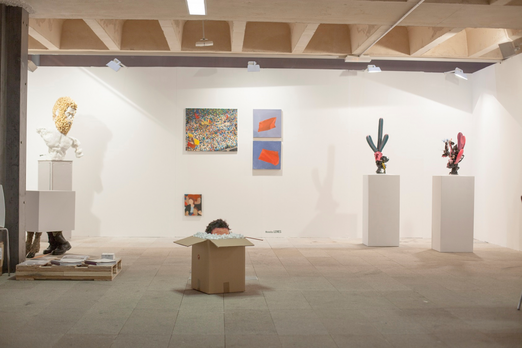 Stand del Cabildo de Lanzarote en JustMad Art Fair 2016. Obra de Daniel Jordán, Moneiba Lemes y Nicolás Laiz Placeres
