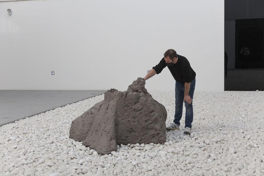 Pablo Capitán del Río (colabora Miguel Benjumea). Monumento al Desencanto
