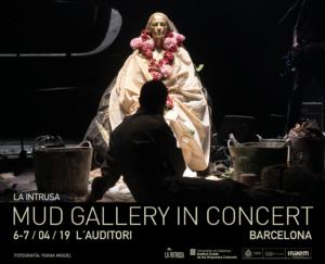 Joaquín Jara. Acción escultórica para la compañía LA INTRUSA DANZA S.L. Espectáculo en la Mud Gallery. Fotografía: Yoana Miguel