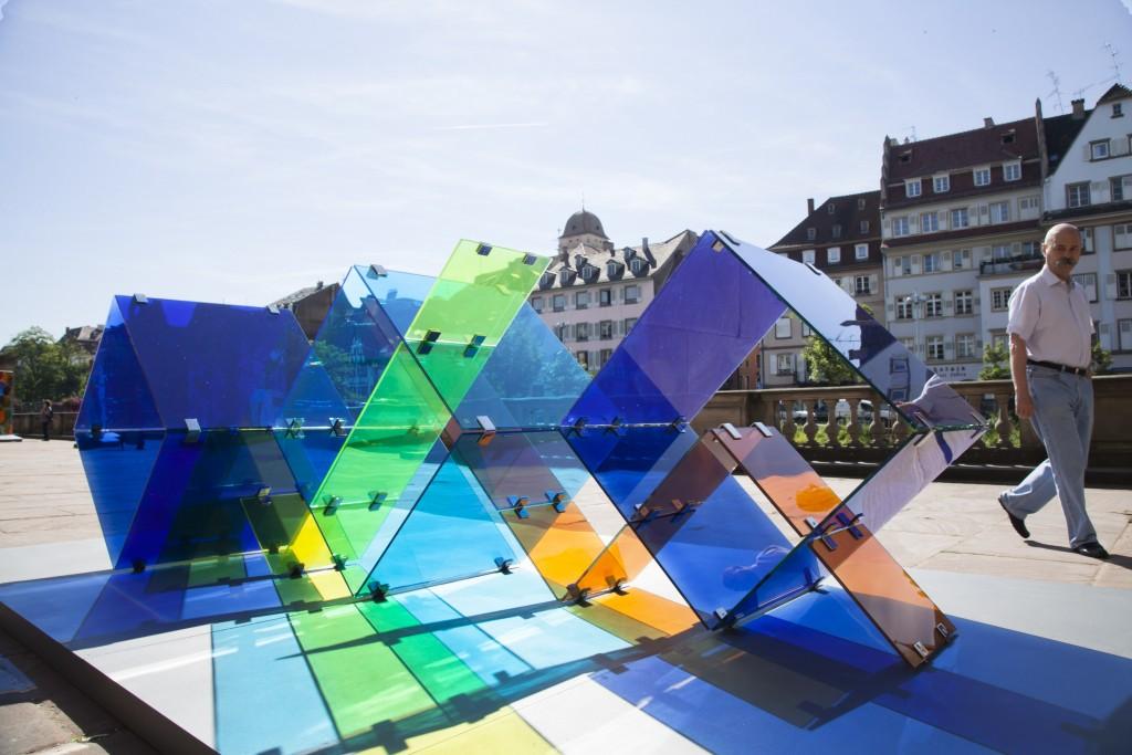 David Magán. Progresión V en Glass & Architecture, Biennale du Verre organizado por la ESGAA. Estrasburgo, 2015