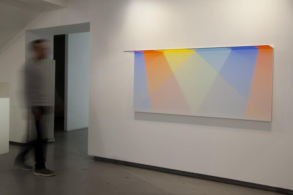 David Magán. Binaria V en la exposición Transparencia, en la Galería Denise René de París en 2016
