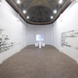 Marla Jacarilla. Intento frustrado de enumeración y explicación de todos aquellos elementos que resultan superfluos en la construcción de una catedral, 2013