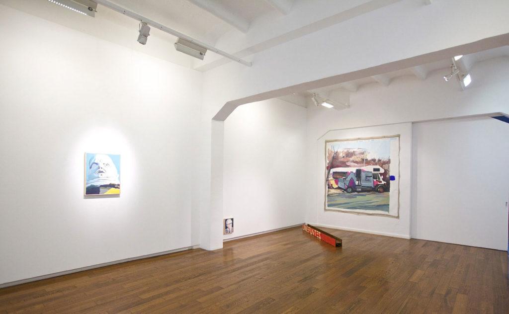 "Vista de la exposición ""Three years later"", 2015. Cortesía Galería Xavier Fiol, Palma de Mallorca. © Cristian Costantini"