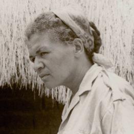 Sarah Maldoror en el rodaje de Des fusils pour Banta. Fotografía anónima, 1970