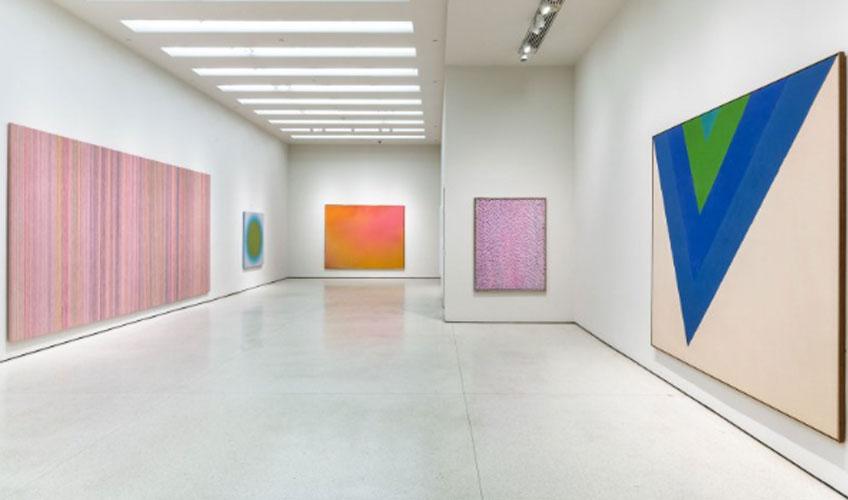"""New York Solomon R. Guggenheim Museum The Fullness of Color: 1960s Painting"" en el Solomon R. Guggenheim Museum"