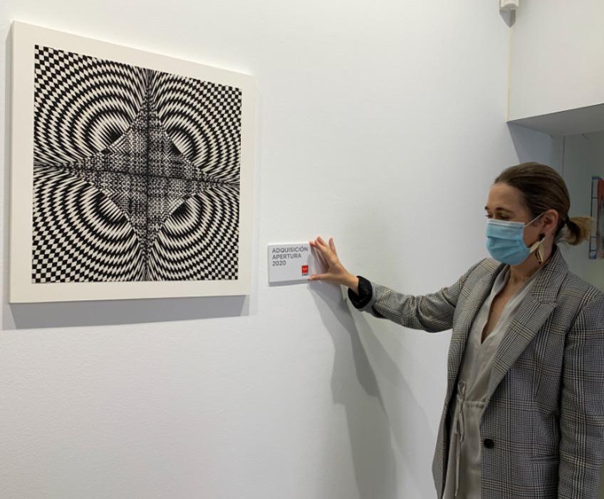 Marta Rivera de la Cruz, consejera de Cultura y Turismo de la Comunidad de Madrid, en la Galería Elvira González