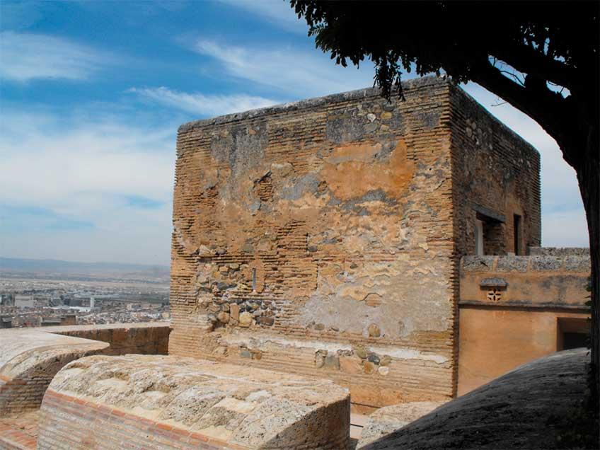 Torre de la Pólvora, en la Alhambra de Granada