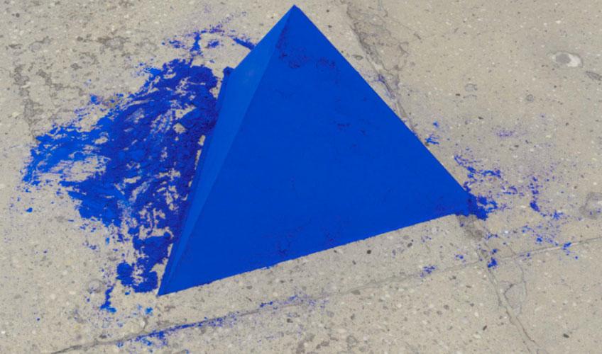 Lothar Baumgarten. Tetrahedron (Pyramid), 1968