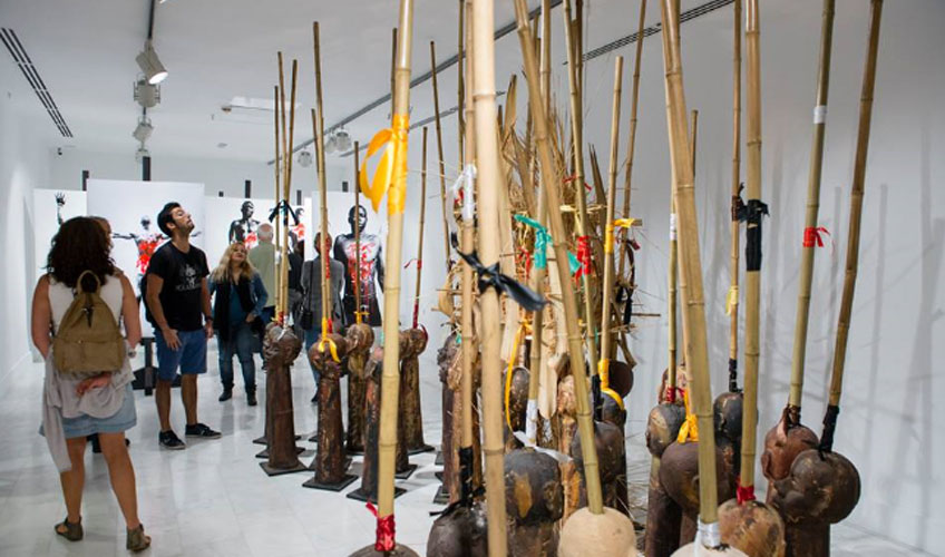 Inauguración de la exposición del artista Jack Beng-Thi, celebrada el 19 de octubre en Casa África
