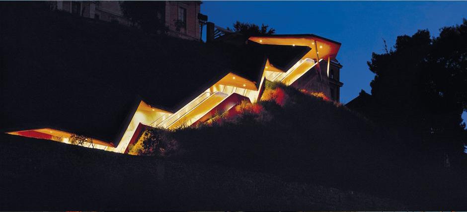 Martínez Lapeña y Torres Tur. Escaleras de la Granja, Toledo, 2000. Fotografía: David Cardelús.