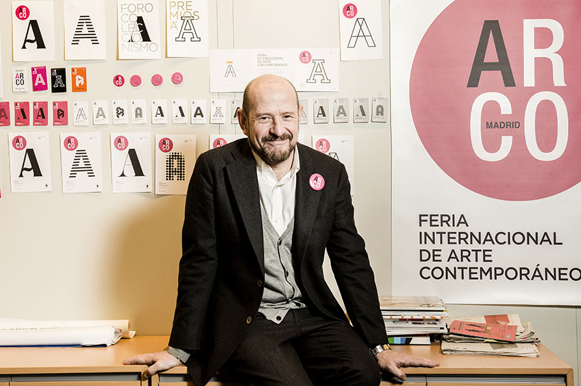 Carlos Urroz en su despacho de Ifema