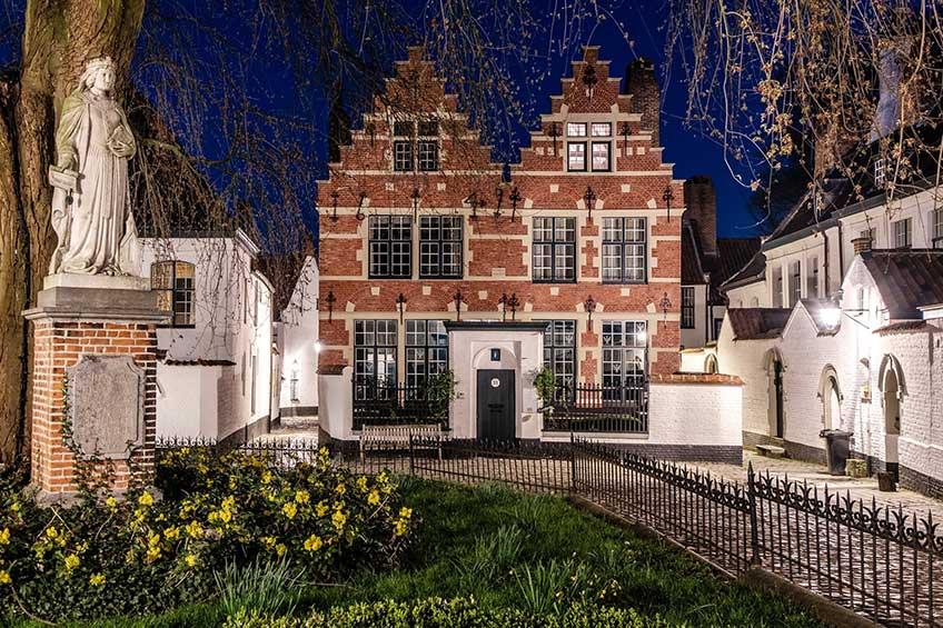 Kortrijk. Beaterio, siglo XIII